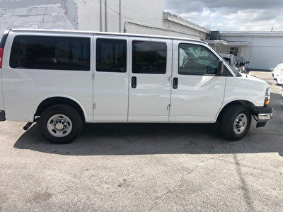 Chevrolet Express 2500 dubbele cabine