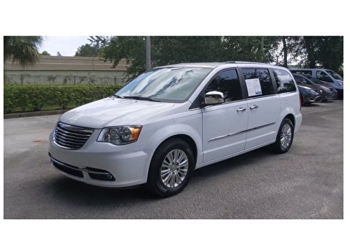 Chrysler Town & Country Limited Swivel & Go ( Grand Voyager )