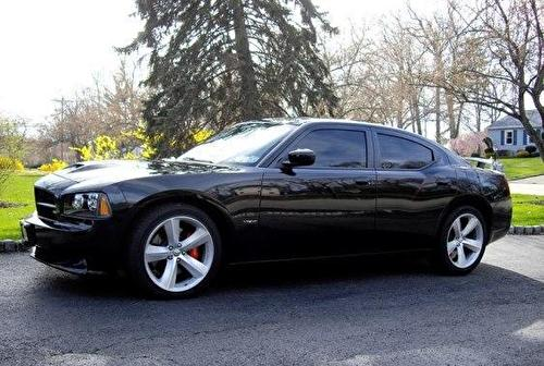 Dodge Charger (SRT-8)