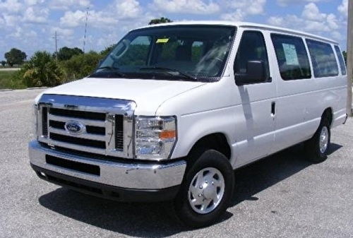 Ford E250 / 350 Econoline XLT  8, 12 of 15 pax / passagers / persoons taxi bus