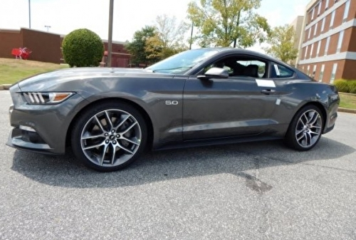 Ford Mustang Convertible GT Premium