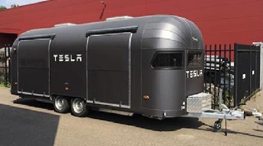 Retro Food Trucks & Caravans and Trailers