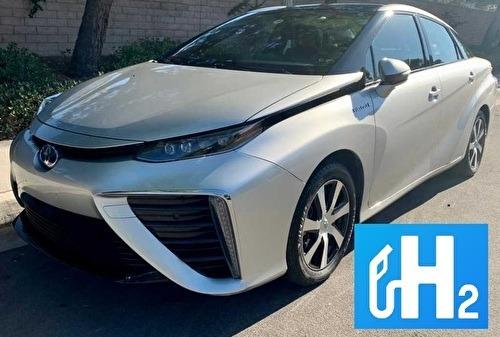 Toyota  Mirai véhicule électrique / hydrogène