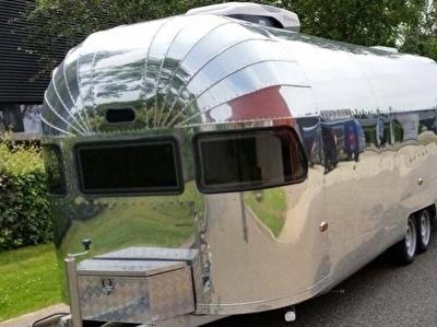 American Airstream Style Aluminium Caravan